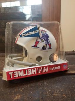 New England Patriots 1965-81 Throwback Riddell Line Mini Hel