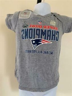 New New England Patriots Infant Sizes 6/9-12M Gray NFL Team
